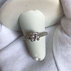 Jewelry - 1.21 Ct antique designed engagement ring